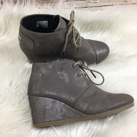 4e6a0f2c540 Toms Ankle Boots Wedge Heel Sparkly Size 7. M 5c5a5b4d3c9844d8f7e8fc6e